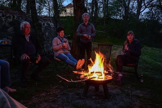Lagerfeuer bei den Kothes in Glashütte Annenwalde