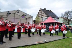Wirtschafts- und Kulturtage in Angermünde werden vom Fanfarenzug eröffnet.