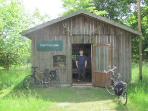 Glambecker Dorfmuseum mit Norbert