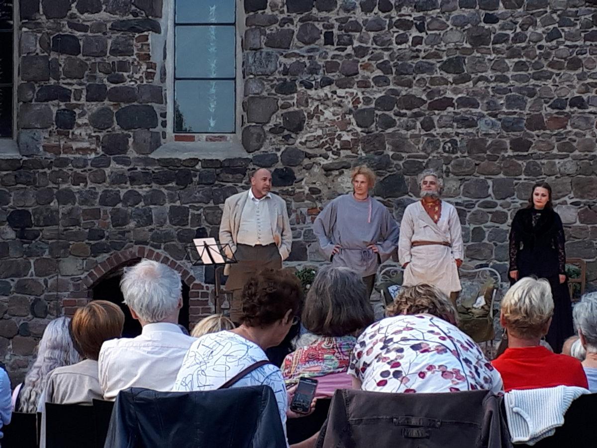 Sommertheater am Franziskaner Kloster